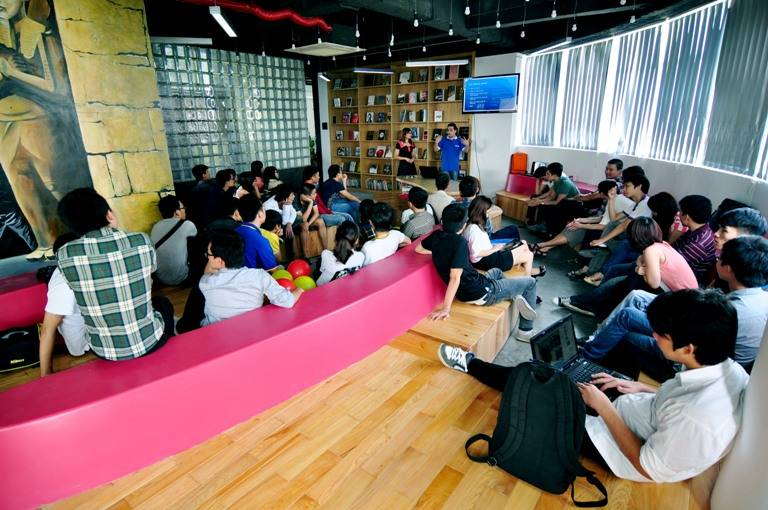 nganh-thiet-ke-noi-that-arena-multimedia-3d-6